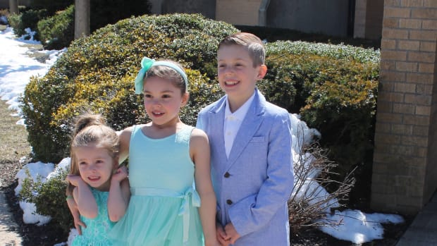 90780828596 How to Dress Kids for Special Occasions