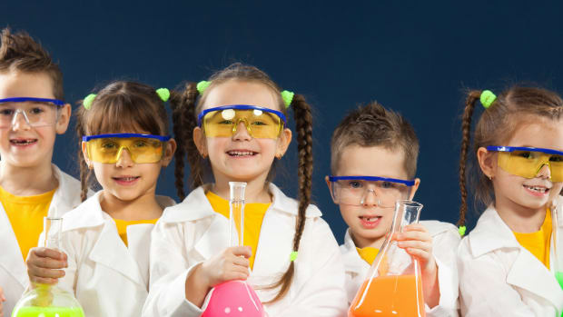 stem science kits, STEM toys for kids, STEM learning, educational toys, educational insights, talking telescope, nancy b science club, insect lore, live butterflies, butterfly habitat, science for kids, science, science gifts, gifts for kids, telescope, kids gardening, compost, STEM gifts