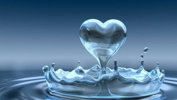 dc930a49ff7db5ed_i-heart-water.jpg.xxlarge