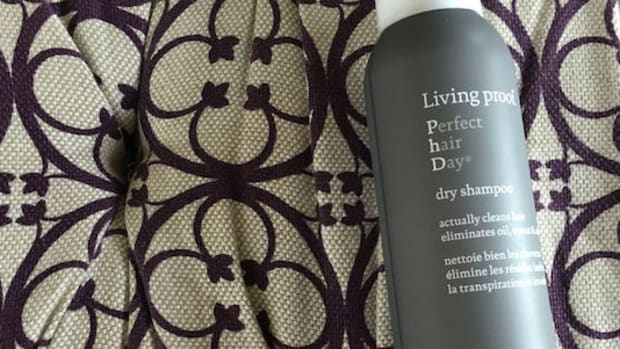 living proof dry shampoo