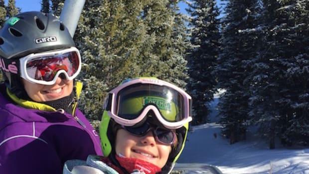 ski mom banner