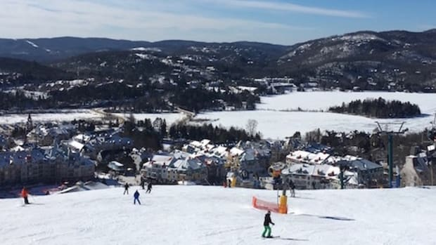 mont tremblant viallage view