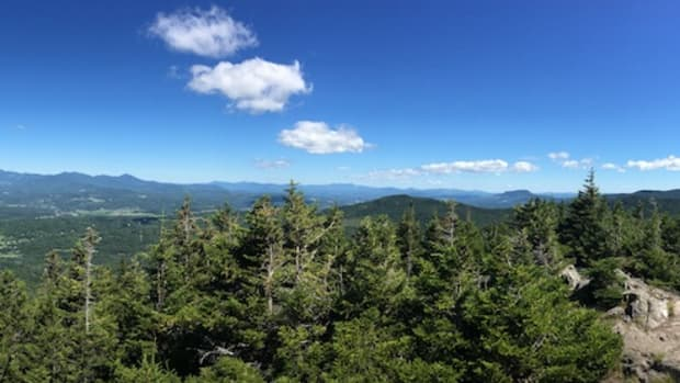 views from pinnacle hike vermont