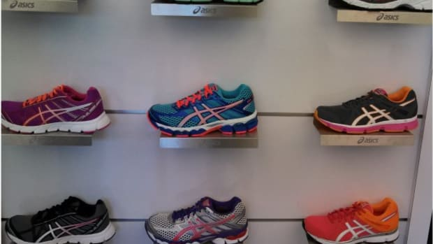asics running preview