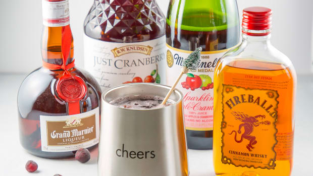 Sparkling Apple Cranberry Cocktail Ingrendients