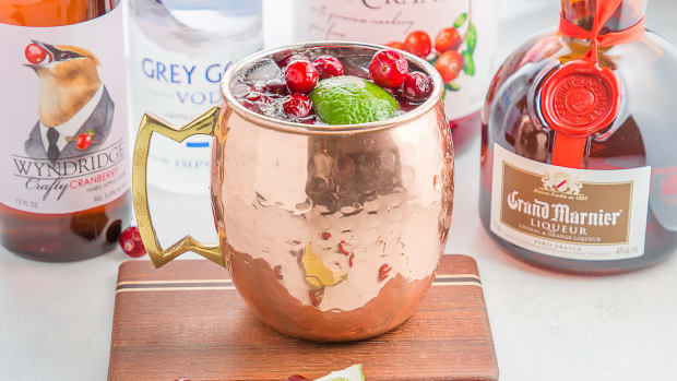 Winter Mule Cocktail Ingredients