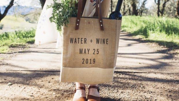 Celebrate Wine Day with Cool Wine Tote