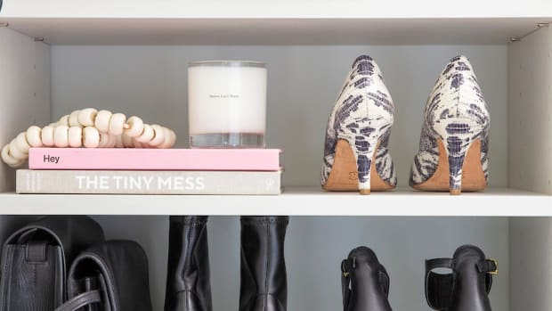 How to Set Up A Stylish + Organized Closet