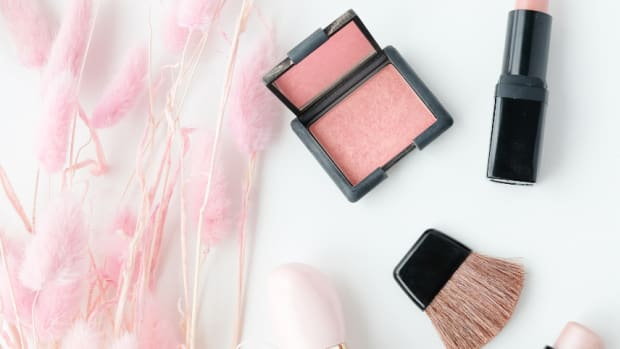 Add a Pinch of Pink to Your Summer Beauty Routine