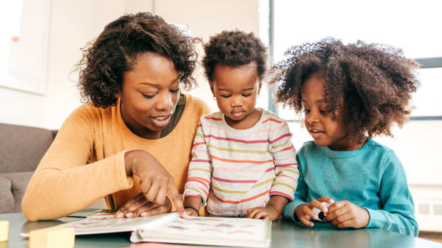 Why It's Important for Parents to Read to Children