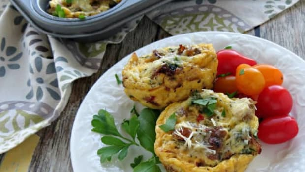 Loaded-Sausage-and-Veggie-Egg-Muffins-High-Protein-Breakfast-for-a-Healthy-Start-to-the-Day-680x453
