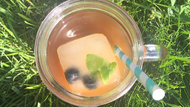 The Ultimate Summer Iced Tea Mocktail