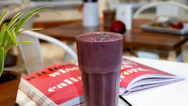 Brain-Boosting Purple Smoothie Recipe