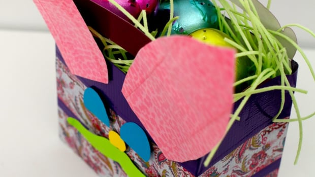 Create Your Own Easter Party Tablescape and Craft