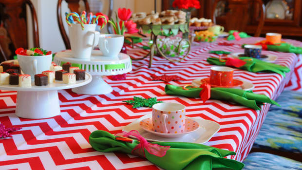Holiday Tea & Cookie Decorating Party