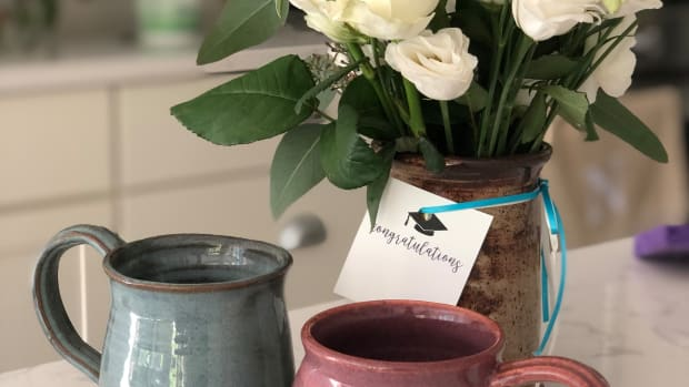 DIY Flower Arrangement Mugs for Graduation