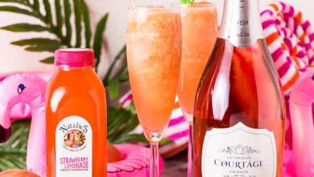 Strawberry Peach Sparkling Frosé Recipe