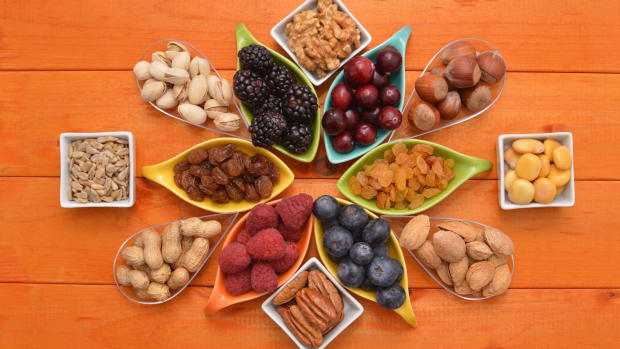 Six Healthy Snacking Ideas for Moms
