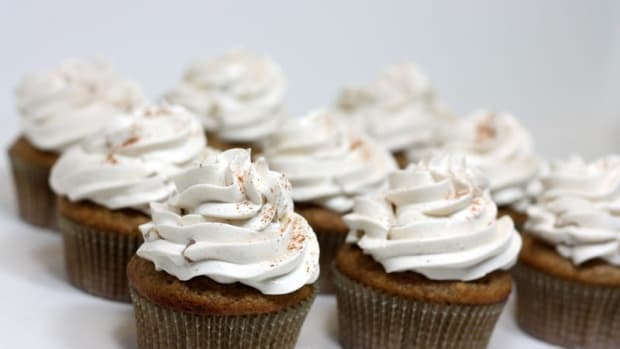 Delicious Low-Calorie Applesauce Cupcakes