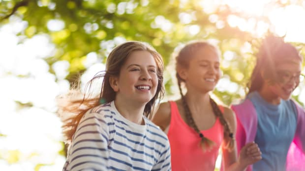 What to Pack for Summer Camp: Tween Style
