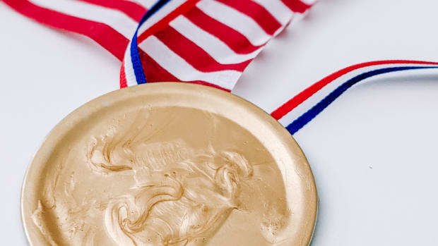How to Make Your Own Olympic Medals
