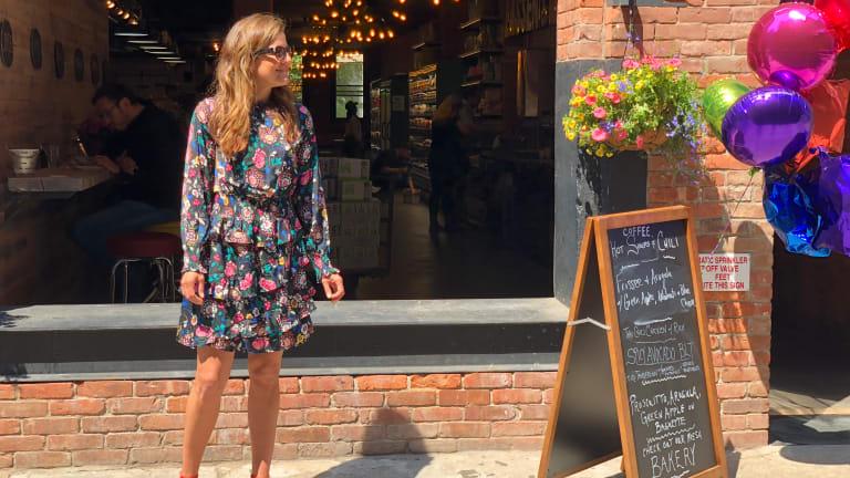 Pretty Long-Sleeve Summer Dress