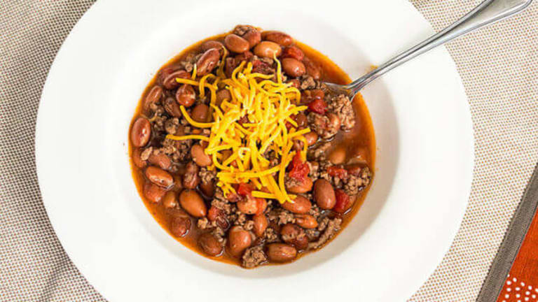 15 No Fail Chili Recipes For Your Super Bowl Party