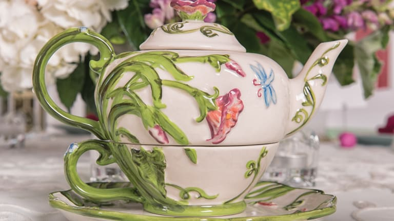 Fuss-Free Ways to Use Vintage China
