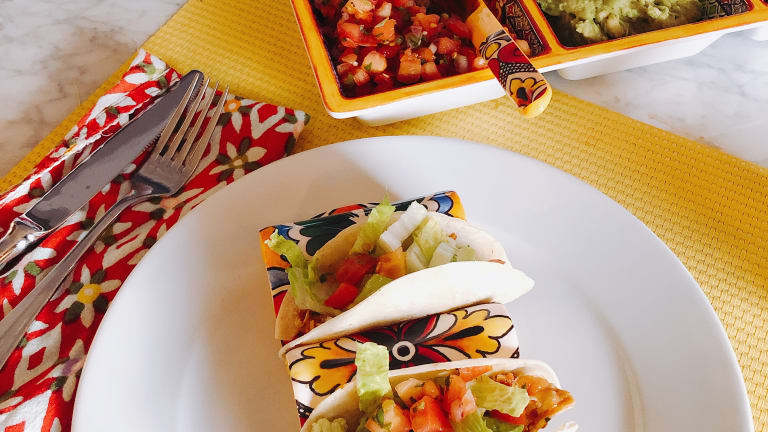 Easy Cinco de Mayo Taco Party
