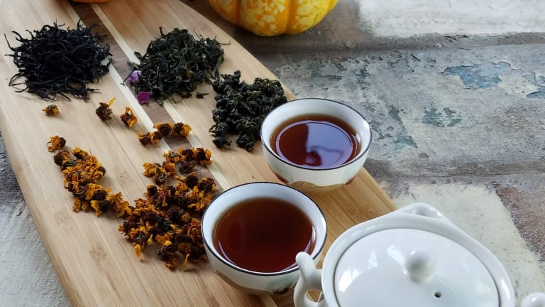 How to Host a Memorable Autumn Tea Party