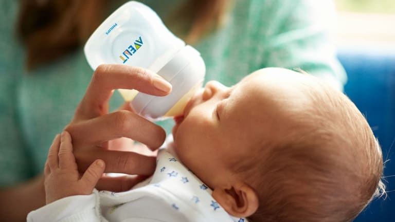 Fuss-Free Feeding with The Philips Avent Anti-Colic Bottle