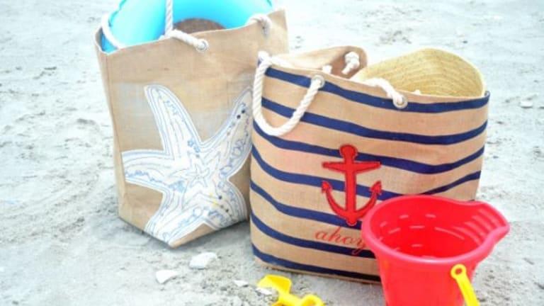 Beach Style: Cute Burlap Beach Bags from HomeGoods