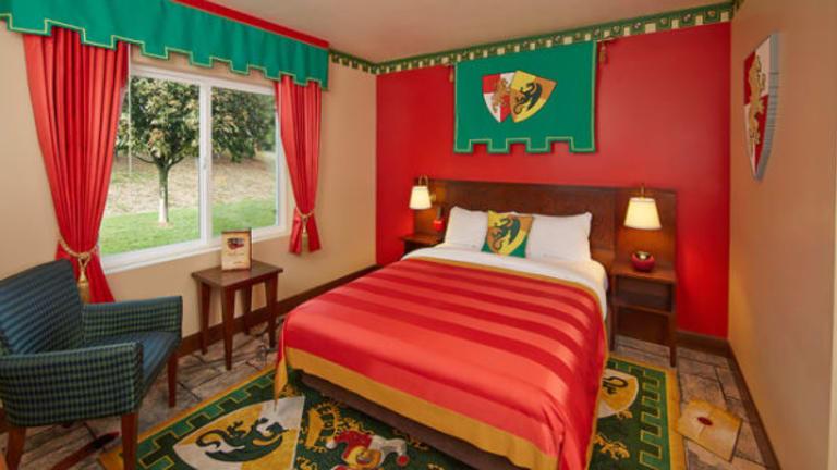 Travel News: LEGOLAND Florida Resort Reveals First LEGO Model Built for LEGOLAND Hotel