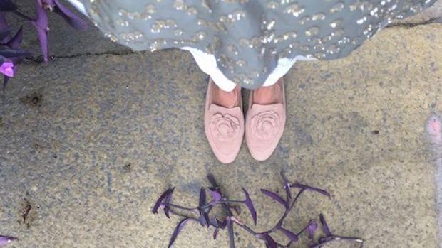 taryn rose shoe banner