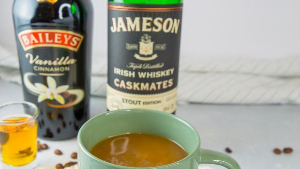 Irish coffee cocktail ingredients