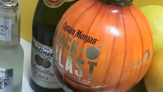 best-fall-cocktail-easy-recipe