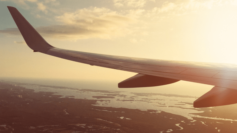 How to Ease Your Fear of Flying