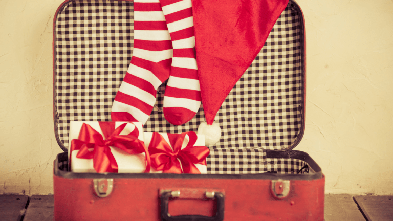 How to Stay Healthy Amidst Crazy Holiday Travel