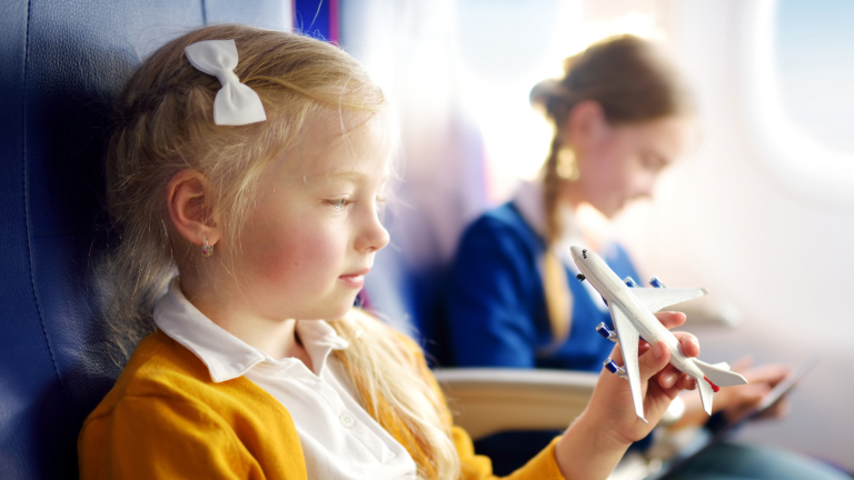 Top Tips to Keep Kids Entertained on Flights