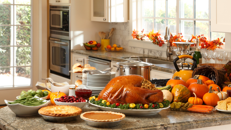 How to Get Your Kitchen Organized for the Holiday Cooking Season