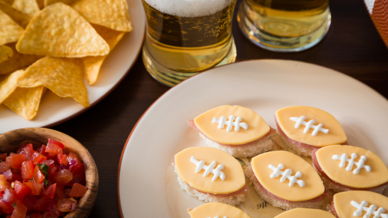 Game Day Ready Drink: Black and Tan