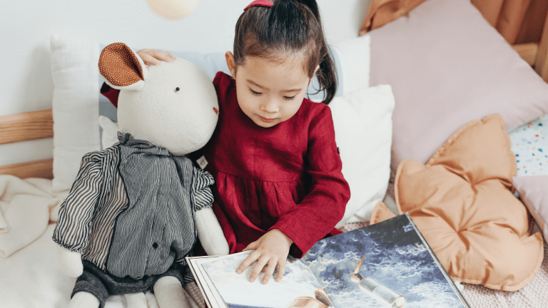 5 Ways to Celebrate National Reading Month