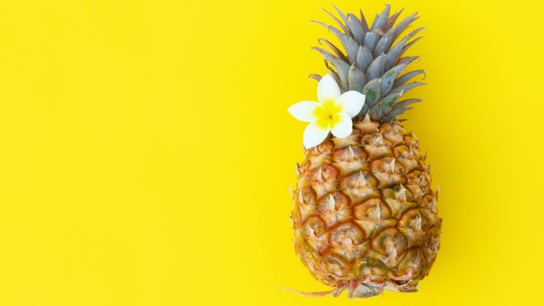 Tropical Refresher Pineapple Cocktail Recipe
