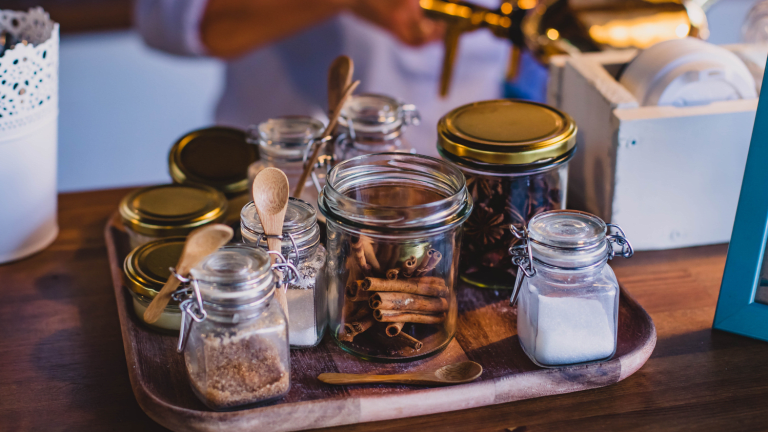 Spring Cleaning: 5 Reasons To Trade in Boxes for Mason Jars