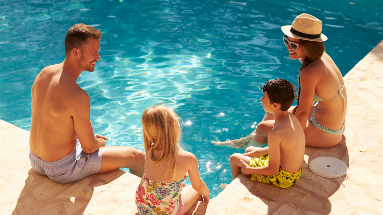 Crystal Clear and Pristine: Pool-Cleaning Tips