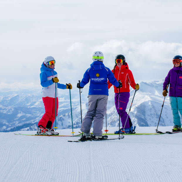 Best Women's Ski Events for Friendship and Learning