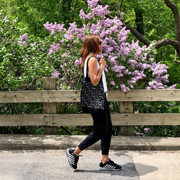 Walk in Style Cool Sneaker Trends for Spring