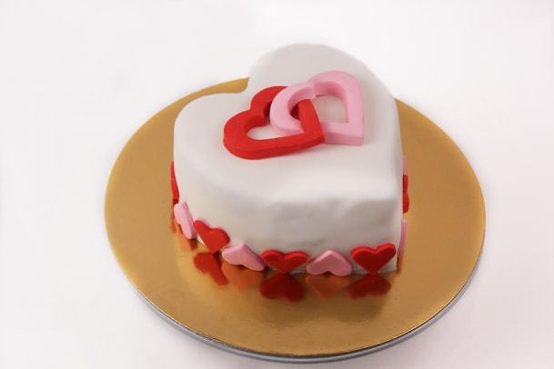 Heart cake1-Cakest