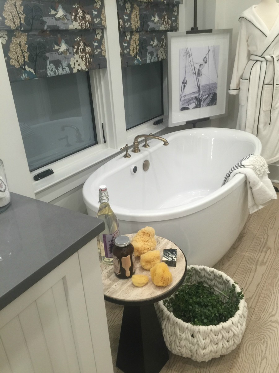 hgtv smart home bathroom