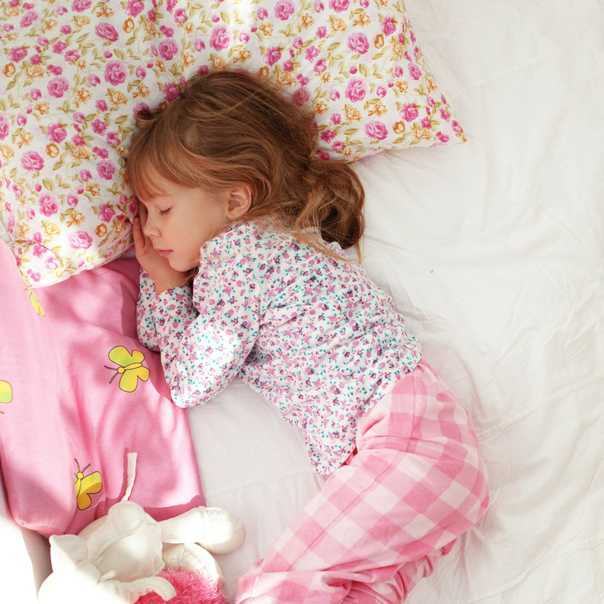 3 effective sleep training tips for kids, how to teach your child to sleep, how to get your children to sleep, sleep training, more sleep for kids, REMI sleep training, REMI, sleep tips, parenting tips, how to get your kids to sleep